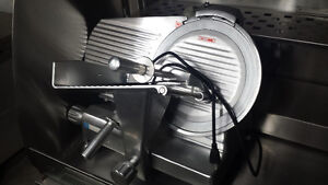"10"" Meat Slicer/Trancheur a viande- Demo- 90 Day Warranty!"
