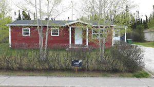 NEW PRICE! Beautiful Bungalow.. 127 Bowater Drive Extension