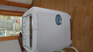 Panda portable washer and spin dryer combo