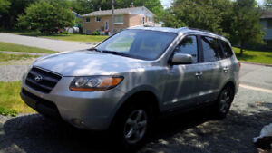 2009 SANTA FE MUST SELL!!!  ONLY 105,000 KM