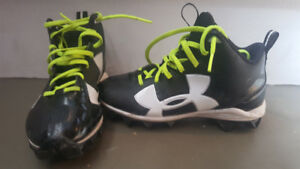 Souliers a crampons football 2 youth/ football cleats 2 youth