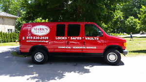Locksmith & Safe Expert 519-830-2526 Friendly affordable service Kitchener / Waterloo Kitchener Area image 2