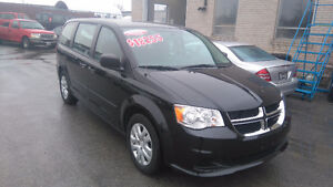 2016 Dodge Grand Caravan WE FINANCE 100% Approvals !!! Oakville / Halton Region Toronto (GTA) image 1