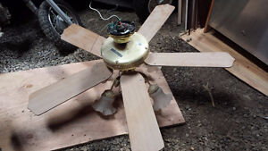 """42"""" 5 Blade Ceiling fan with 5 lights. London Ontario image 1"""