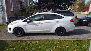 Ford fiesta 2013 automatique