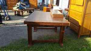 Solid Wood Table with 2 leaves Peterborough Peterborough Area image 1