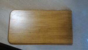 Petite tablette décorative en bois massif