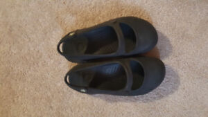 Size 11 toddler crocs euc