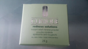 Clinique Redness Solution Instant Relief Mineral Powder 24g/0.84
