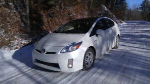 2011 Toyota Prius GPS BLUETHOOT TOiT SOLAiRE AiR CRUiSE