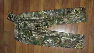 Under Armour Real Tree Camo Pants Size 32/34