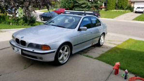2000 BMW 540i - 6 Speed Manual - Loaded with options - 2 sets of