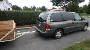 2002 Ford Windstar LX Value Minivan, Van Cornwall Ontario image 2