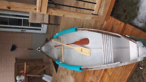 16 ft fiberglass canoe no leaks
