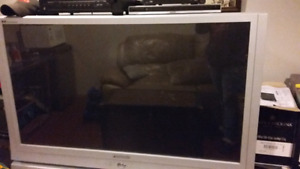 """Fish tank with stand, Large base  53"""" TV,Kitchen Table"""