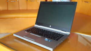 HP EliteBook Core i5 - 4 Gig - 320 Gig HDD