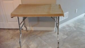 PRECISION MADE DOG GROOMING TABLE