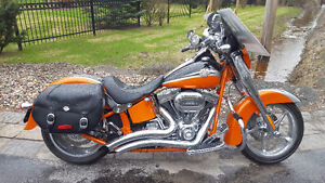 moto harley davidson softail CVO screaming eagle