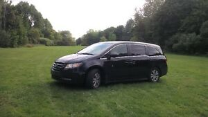2014 Honda Odyssey EX Minivan, OWNER WILL GIVE BUYER $1000