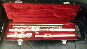 Genuine Flute Yamaha 225sII in great condition