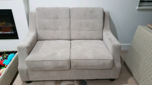 Love seat in new condition