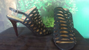 Nine West size 7.5, 5 and 5.5