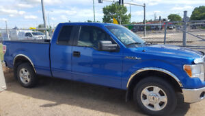 2010 F150 xlt super cab . Excellent shape but needs a motor.