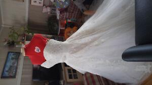 Belle robe de mariée a vendre
