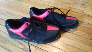 Mens size 10 bowling shoes only worn twice like NEW
