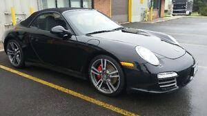 2012 Porsche 911 4S Coupe (2 door)