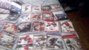 Ps3 superslim 500 gb+20 and more games 2 manettes