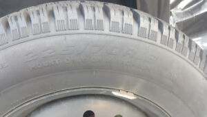 Winter tires 225/70R16