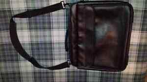 """LEATHER LAPTOP BAG, FITS UP TO 16"""" SCREEN"""