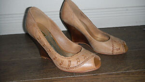 New pair of pure leather shoes London Ontario image 1