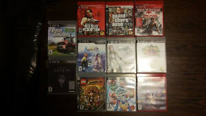 Games Bundle w/ 2 controllers