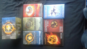 Divergent and Hunger Games book sets