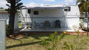 Fifthwheel in Mobile Home Park Florida 2KM Beach $420 per Month