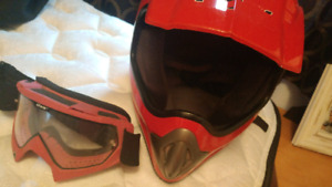 Women's helmet and goggles