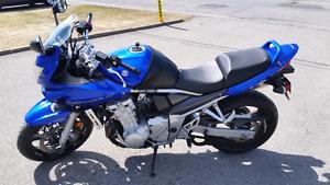 Moto Suzuki Bandit GSF 650 2007