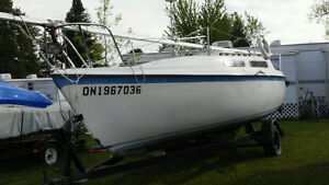 Macgregor 25 foot Sailboat
