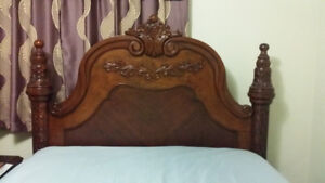 Fancy Queen Size Bed in Excellent Condition.  Used a few times.
