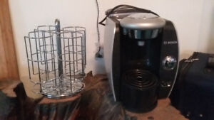 Tassimo Coffee Maker and caddy for coffees