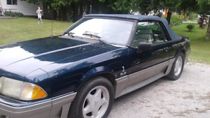 1992 Mustang 5 L Convertable