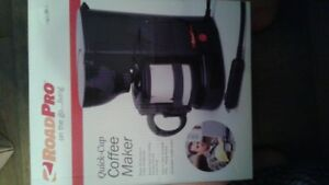 NEW On the road coffee maker 12volt plugs into ur car!