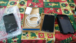 Working Galaxy S5 with replacement screen and case