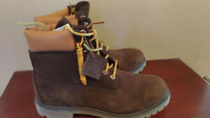 Men's New Brown Timberland Boots NWT size 10.5