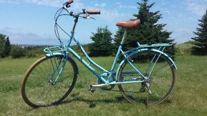 Chic European City bike, marvelous condition