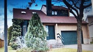 Grand Cottage à louer- garage, 4 stationnements, cours 5500 pc