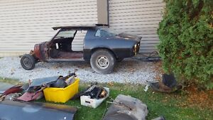 Z28 AND CAMARO PARTS CAR WITH TITLE