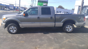 2012 Ford Super Duty f-250 4x4 ext cab